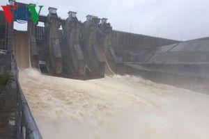 Thừa Thiên-Huế sửa chữa hồ đập, không chủ quan trong mùa mưa lũ