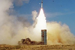 Bực tức trước Israel, Nga cấp tốc chuyển giao tên lửa S-300 cho Syria