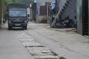 Hàng loạt nắp cống ở xã Vĩnh Quỳnh gây nguy hiểm