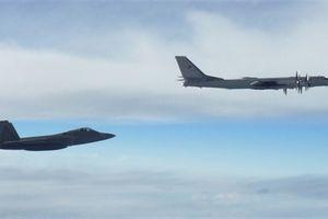 Đội máy bay trinh sát Nga lại tra tấn Mỹ ở Alaska