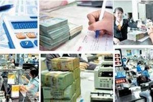 Tiếp tục đẩy mạnh cơ cấu lại hệ thống các TCTD gắn với xử lý nợ xấu