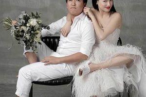 24h HOT: Xôn xao bộ ảnh cưới đi dép tổ ong của Trường Giang, Nhã Phương