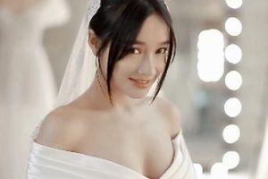 Clip Nhã Phương đẹp nao lòng trong chiếc váy cưới kiêu sa lộng lẫy
