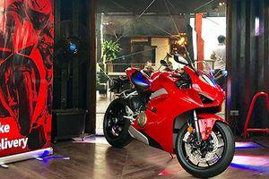 Cận cảnh siêu môtô Ducati V4 giá 760 triệu tại Hà Nội