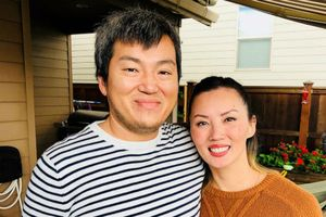 Chị em gặp lại nhau sau 34 năm thất lạc nhờ thử ADN