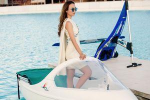 Hoa hậu Ngọc Diễm sành điệu trên du thuyền Thái Lan