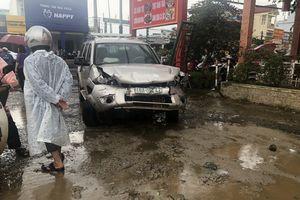 Xe 'điên' gây tai nạn liên hoàn trên Quốc lộ 20