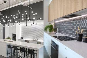 Đâu chỉ có màu trắng tẻ nhạt, có cả ngàn mẫu tường bếp đẹp long lanh cho bạn lựa chọn