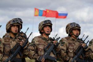 Hành động bất thường của Trung Quốc khi tập trận với Nga