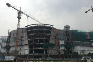 Đứt cáp công trình, nhiều công nhân rơi từ tầng 4 xuống đất