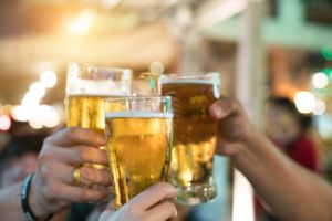 Hơn 3 triệu cái chết do rượu vào năm 2016