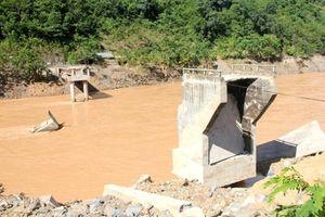 Công ty thủy điện phải xây lại cầu, đền bù cho người dân