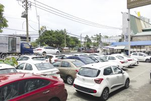 Vụ Hyundai Kinh Dương Vương giao 'nhầm' xe: Khách hàng khiếu nại, đại lý đổ lỗi cho nhân viên cũ!