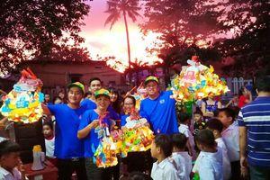 Hơn 700 trẻ mồ côi, khuyết tật được đón Trung thu ý nghĩa