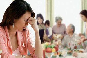 Làm mọi cách mà vẫn không thể hòa hợp với gia đình chồng...