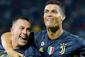 '50 sắc thái' của Ronaldo: Trở lại sau thẻ đỏ, ghi bàn quyết định
