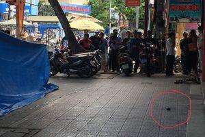 Phong tỏa vật nghi lựu đạn đặt trước cửa đại lý xe máy ở Huế