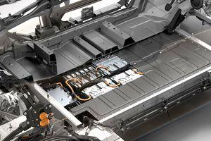 BMW loay hoay tìm cách giảm chi phí chế tạo pin ô tô điện