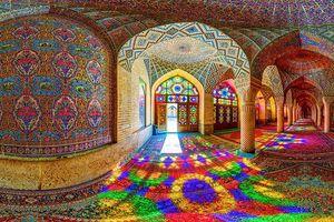 Nhà thờ Hồi giáo rực rỡ nhất thế giới có gì đặc biệt?