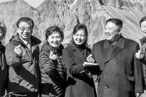 Chủ tịch Kim 'đốn tim' làng K-pop