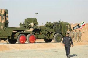 Liệu Israel thúc thủ hay S-300 Nga vô dụng?