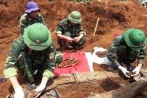 Phát hiện và cất bốc 34 hài cốt liệt sĩ ở Quảng Trị