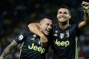 Juventus hướng tới chiến thắng thứ sáu liên tiếp