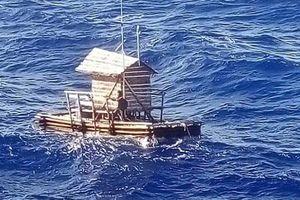 Thiếu niên Indonesia được giải cứu sau 49 ngày trôi dạt trên biển