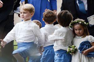 Khoảnh khắc đáng yêu của tiểu hoàng tử, công chúa nước Anh