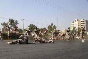 Tổng thống Iran so sánh vụ xả súng lễ diễu binh với sự kiện 11/9
