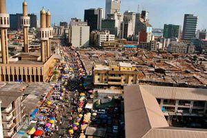 Nigieria thu hồi tiền tham nhũng siêu khủng