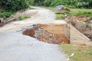 Nguy cơ chia cắt tuyến đường về khu tái định cư Kẻ Tắt - Bá Hạ (Con Cuông)
