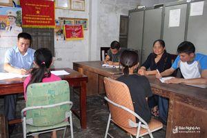 Lực lượng công an ở Nghệ An hỗ trợ các gia đình tìm về 3 bé gái bỏ nhà đi chơi