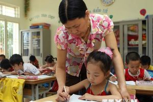 Giáo viên Toán 'thách đố' Bộ trưởng Bộ Giáo dục dạy Toán lớp Một