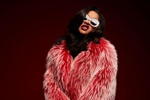 Cardi B phá kỉ lục mới: 'Ngai vàng' nhạc rap của Nicki Minaj lung lay hơn bao giờ hết