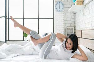 Sở hữu eo thon, dáng đẹp chưa bao giờ dễ dàng đến thế với loạt bài tập cực đơn giản trên giường