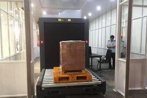 Bàn giao hệ thống máy soi chiếu trị giá gần 200.000 USD cho Hải quan Nội Bài