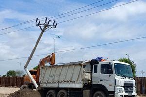 Nam Định: Người dân vẫn 'đùa' với điện