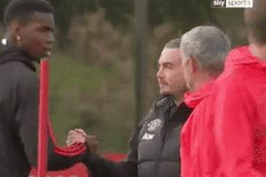 Pogba tỏ thái độ với Mourinho ngay trong buổi tập