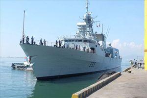Tàu Hải quân Hoàng gia Canada thăm hữu nghị TP Đà Nẵng