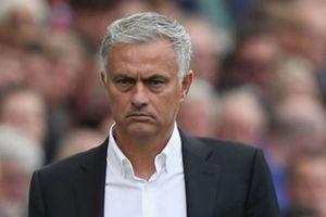Hãy sa thải Mourinho