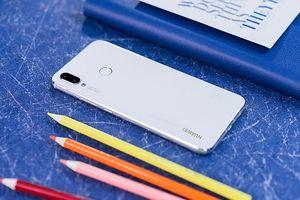Huawei Nova 3i Trắng Ngọc Trai lên kệ từ 27.9