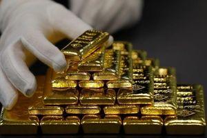 Giá vàng tiếp tục lao dốc không phanh