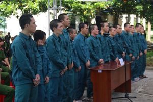 Xét xử các đối tượng gây rối, tấn công Đội PCCC Phan Rí