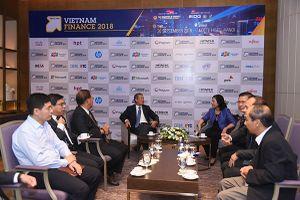 Các hãng 'trình diễn' nhiều giải pháp công nghệ hiện đại tại Triển lãm Vietnam Finance 2018