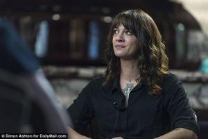 Asia Argento lần đầu tiết lộ về cái chết của đầu bếp Anthony Bourdain