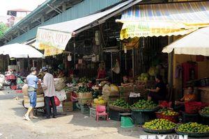 Lãnh đạo quận Ba Đình nói gì về vụ 'bảo kê' tại chợ Long Biên?