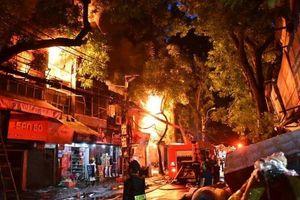 Khởi tố vụ án cháy 19 nhà trọ trên đường Đê La Thành