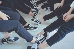 Còn là sinh viên không có tiền thì đừng quan trọng giày fake hay real - Quan điểm gây tranh cãi nhất mạng xã hội