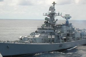 Tàu hải quân Ấn Độ INS RANA thăm TP. Hồ Chí Minh